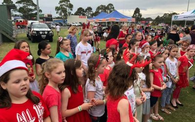 Pakky Hills Choir Sing at the Pakenham Christmas Carols
